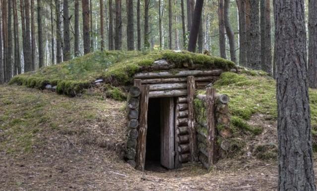 как построить землянку в лесу своими руками