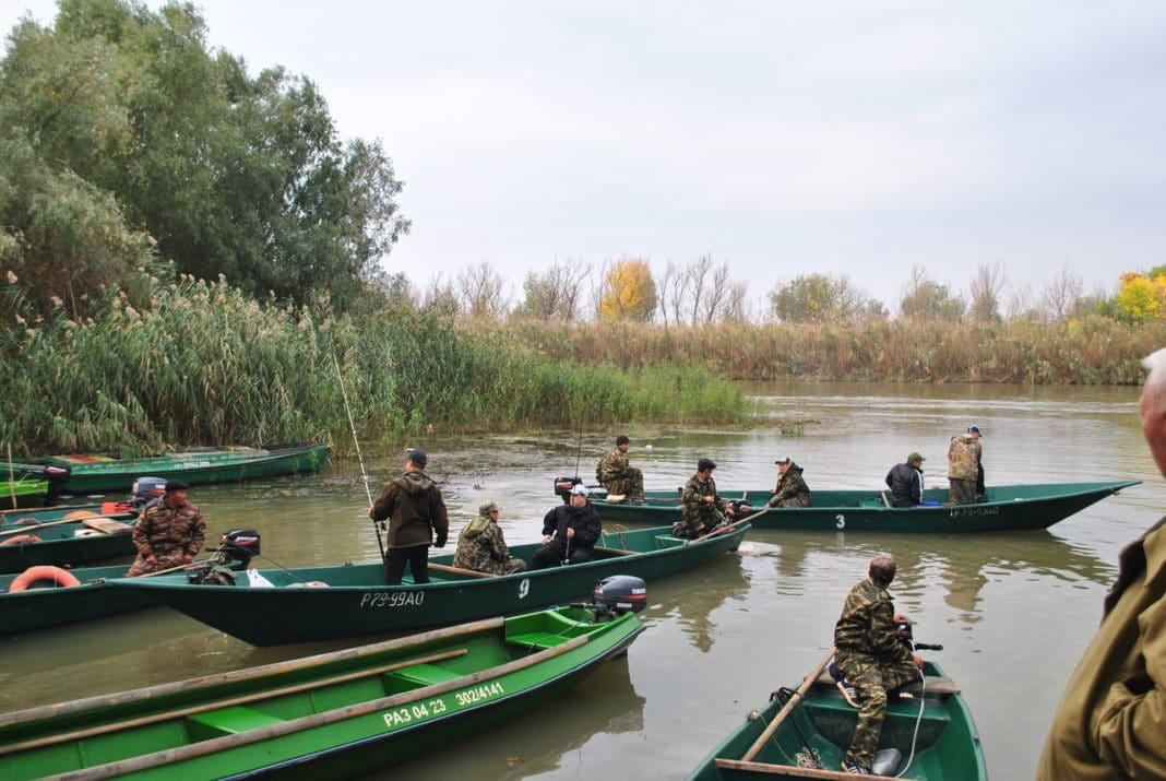 Рыбалка в Астрахани осенью