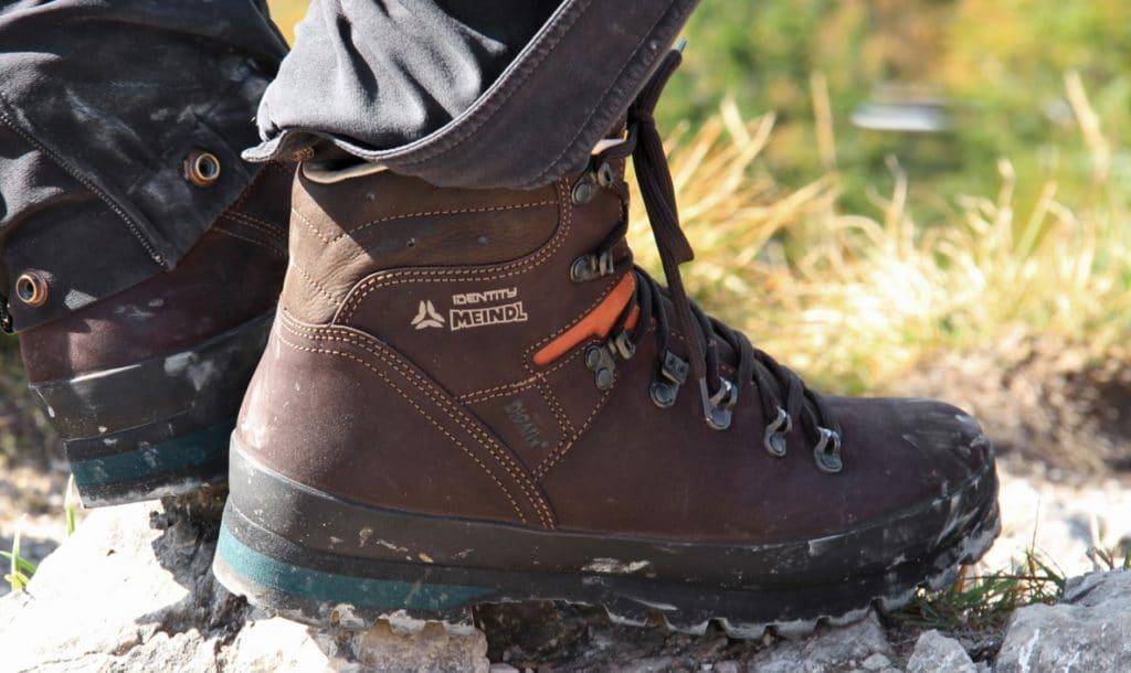 Утепленные трекинговые ботинки