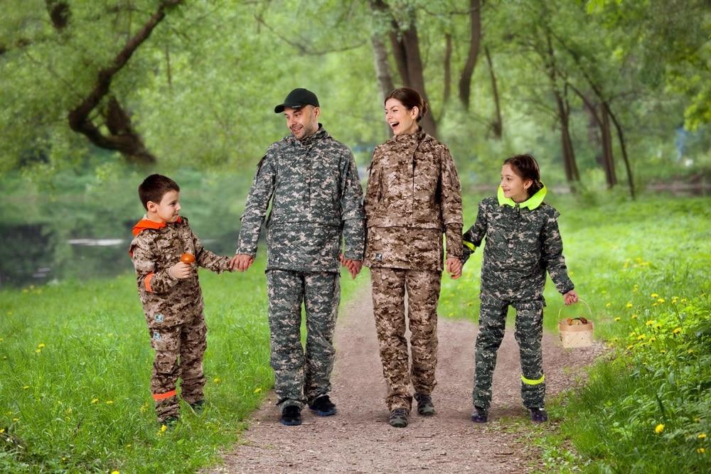 одежда для походов в лес